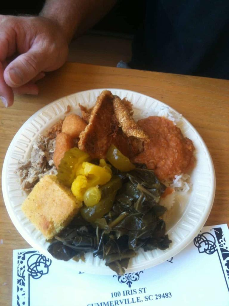 Duke's of Summerville - BBQ Plate