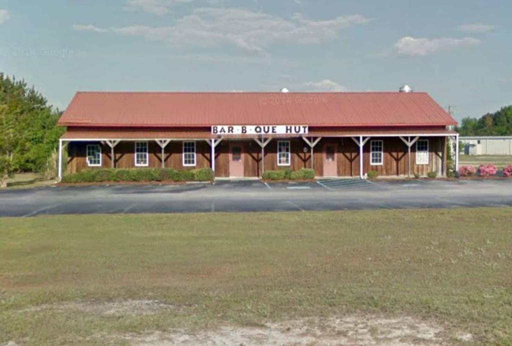 Bar-B-Que Hut in Sumter, SC