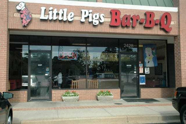 Little Pigs Bar-B-Q in Greer