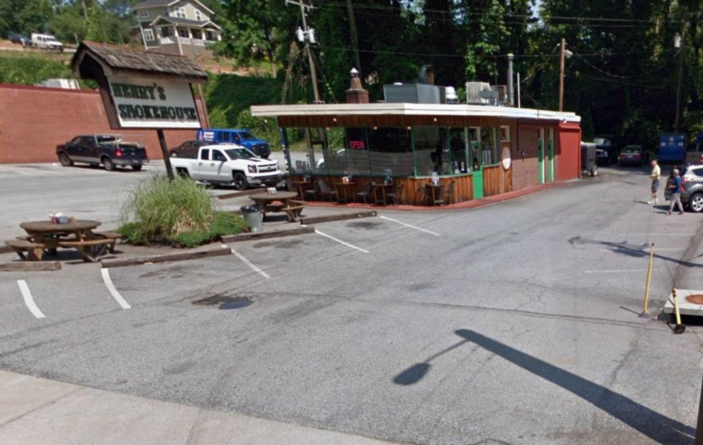 Henry's Smokehouse on Wade Hampton in Greenville, SC.jpg