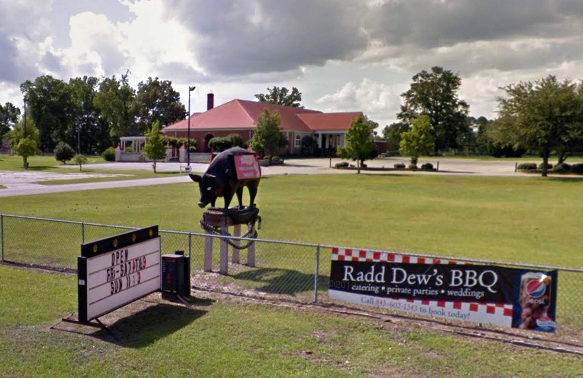 Radd Dew's Bar-B-Que Pit in Aynor, SC