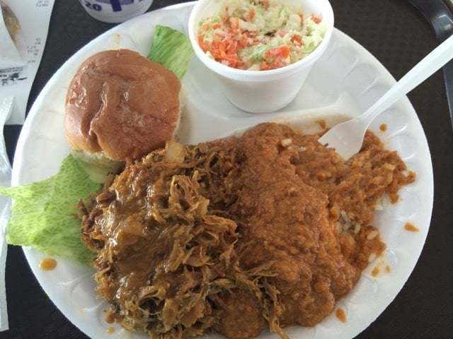 Robert's Bar B Que in North Charleston, Pulled Pork Platter