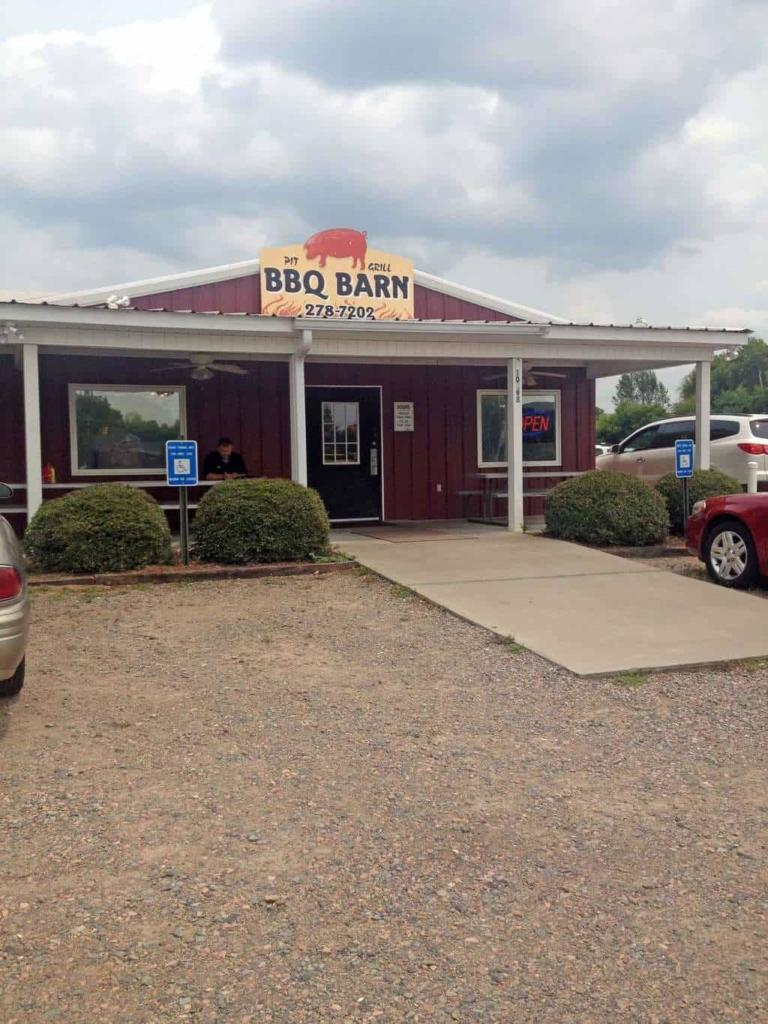 BBQ Barn in N. Augusta - Exterior
