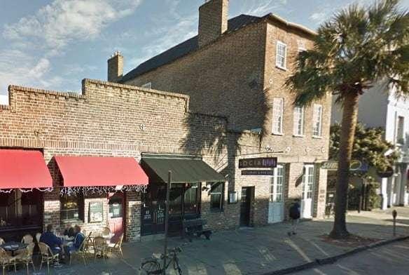 Poogan's Smokehouse in Charleston, SC