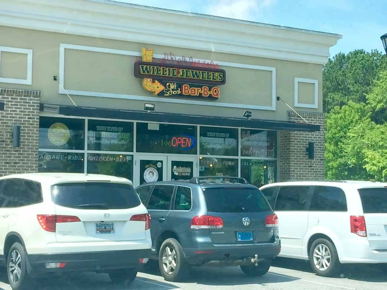 Willie Jewell's in North Charleston - Storefront