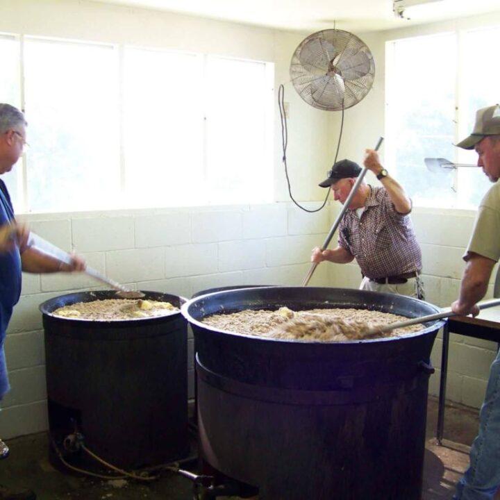Lancaster's Big Oak BBQ Making SC Hash