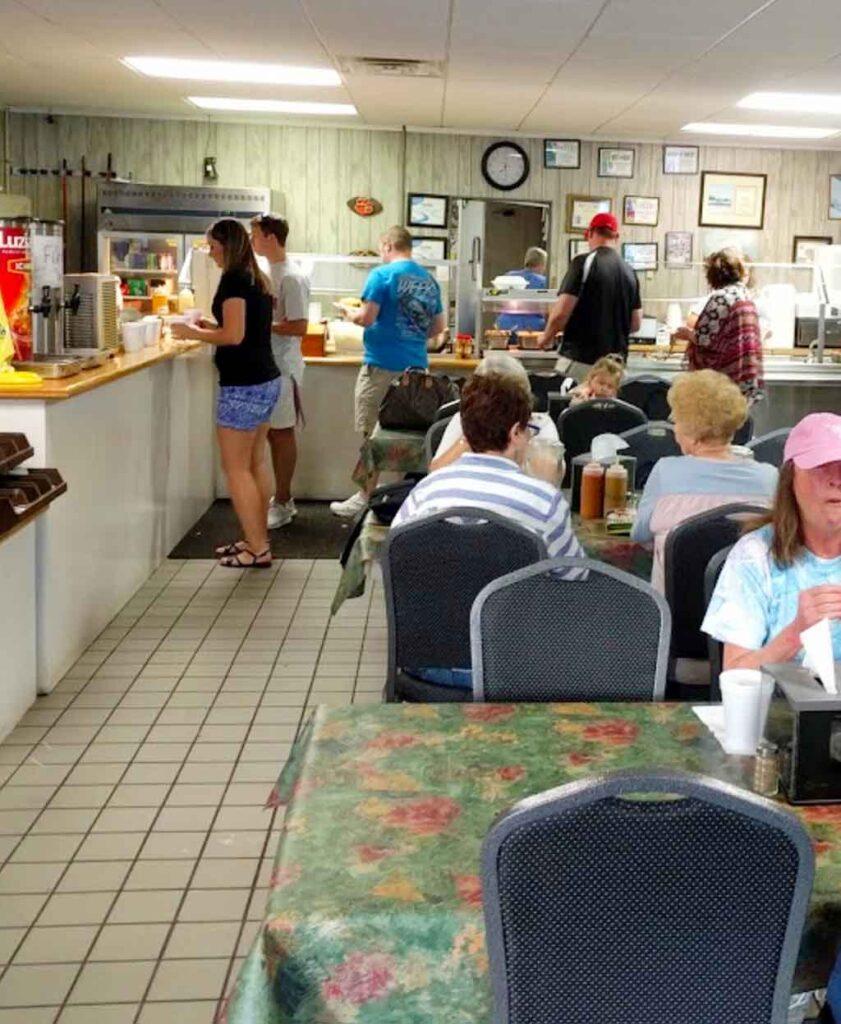 Interior of Carolina Bar-B-Que in New Ellenton