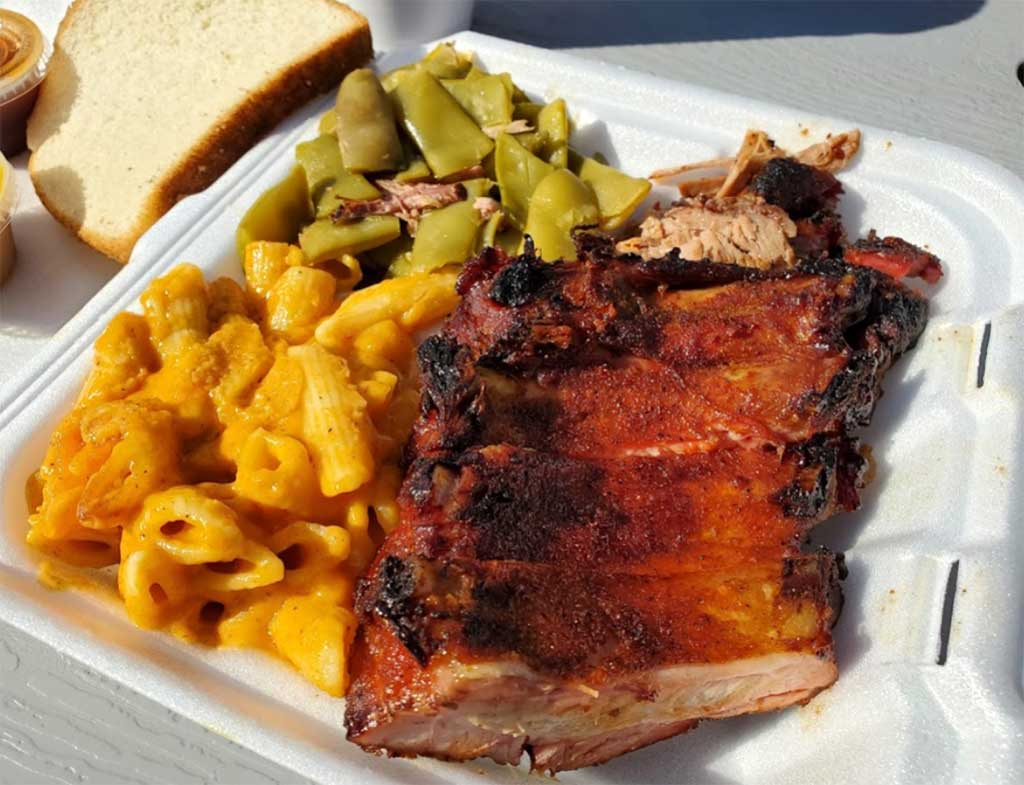 To go plate of ribs, Mac 'n cheese, and green beans from Doko Smoke BBQ in Blythewood.